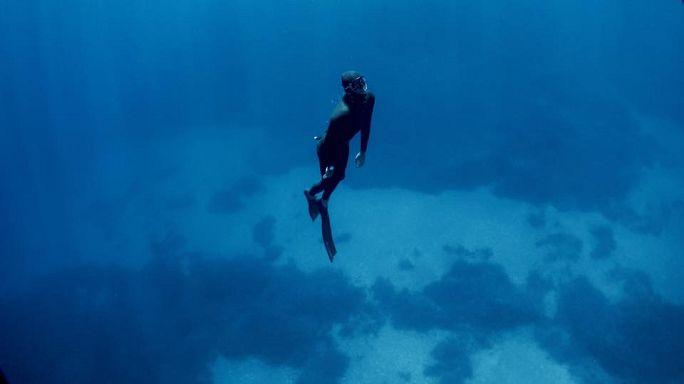 Mergulho livre no cenário grego de Luc Besson