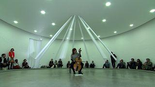 Lebegő világok a lyoni Kortárs Képzőművészeti Biennálén