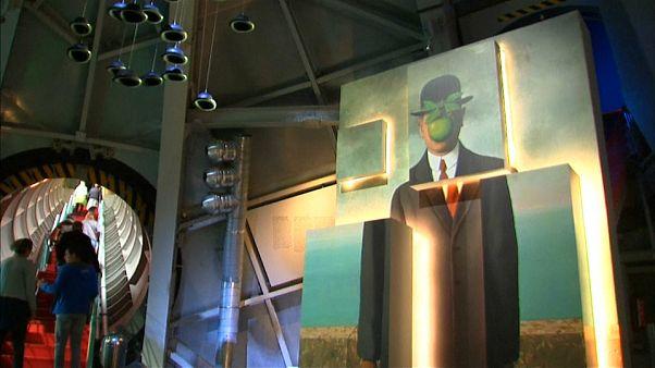 Cita con Magritte en el Atomium