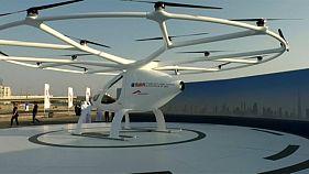 دبي تختبر أول تاكسي طائر في العالم بدون طيار