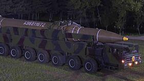 Corea del Norte moviliza aviones y refuerza defensas en su costa oriental