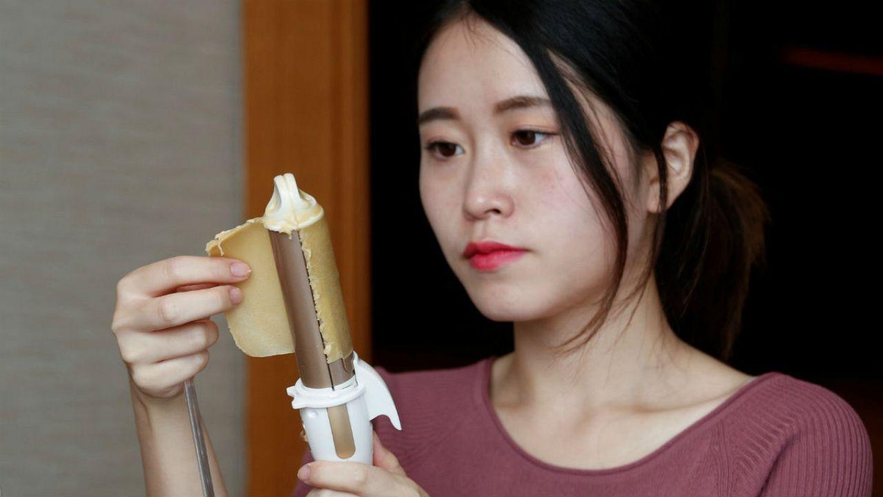 En Chine, crêpe-party au bureau
