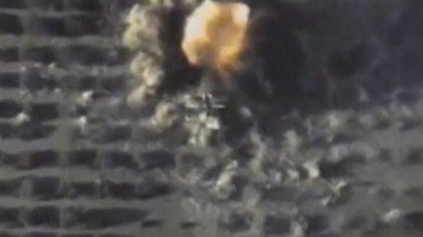 قاذفات روسية أطلقت صواريخ موجهة على أهداف لداعش في سوريا