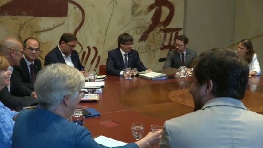 El Gobierno catalán plantea una batalla jurídica contra la Fiscalía