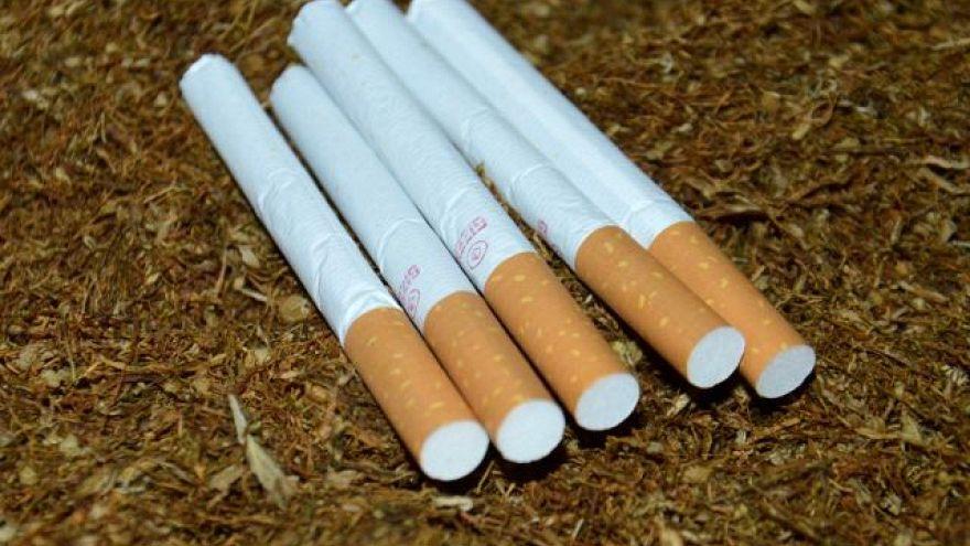 افزایش دوبرابری مصرف سیگار در میان دختران ایرانی
