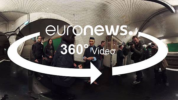 En el metro de París se esconde un set de rodaje