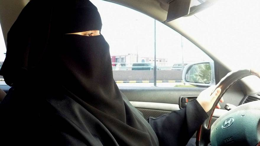 Saudi king issues decree allowing all women to drive - Al Arabiya TV