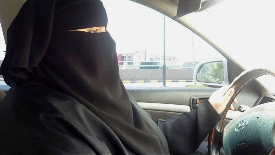 Saudi Arabia 'lifts ban' on women driving