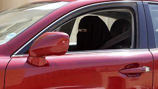 زنان عربستان به فرمان پادشاه سلمان اجازه رانندگی یافتند