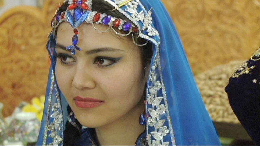 تاجیکستان؛ سوگواری خشن و یا اسراف غذا در جشنها ممنوع است