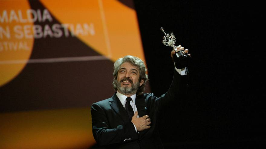 San Sebastián: Preise für Bellucci, Varda und Darín