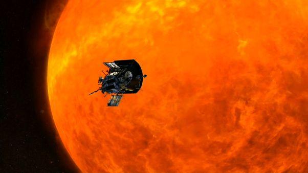 NASA Güneş'in atmosferine göndereceği uzay aracını tanıttı