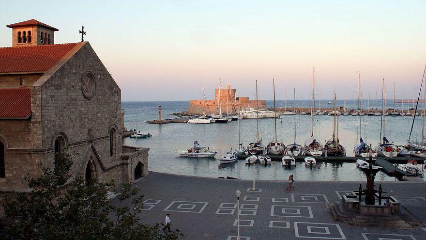 Η Τουρκία απαγορεύει σε τουρκικά σκάφη να πηγαίνουν στα ελληνικά νησιά!