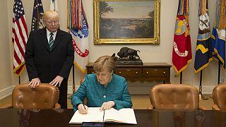 وأخيرها فعلها ترامب وهنّأ ميركل
