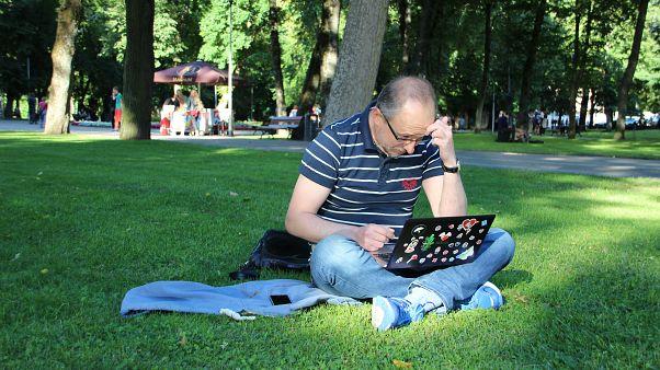 Λιθουανία: «Ξωτικά» εναντίον φιλορωσικών «τρολ»