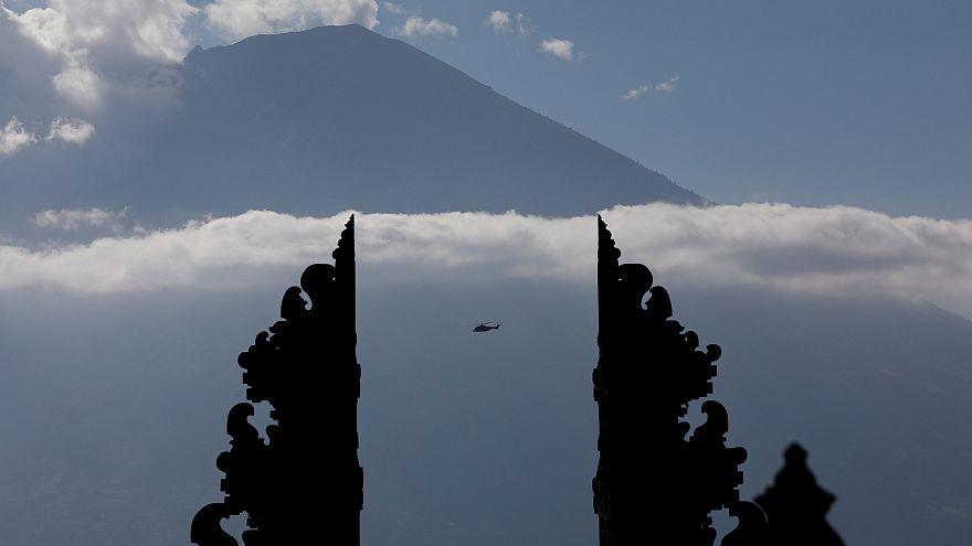 Vulkan Agung auf Bali: Rote Warnstufe zu früh ausgerufen?