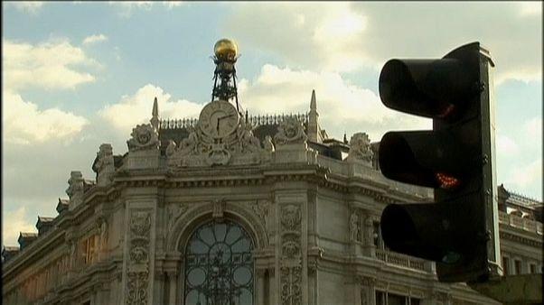 El Banco de España alerta por primera vez de la crisis catalana