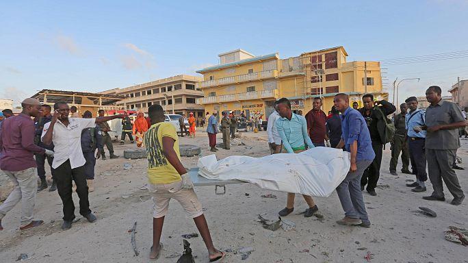 مقتل سبعة أشخاص في انفجار سيارة ملغومة في مقديشو