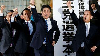 چرا نخستوزیر ژاپن تصمیم به برگزاری انتخابات زودهنگام گرفت؟