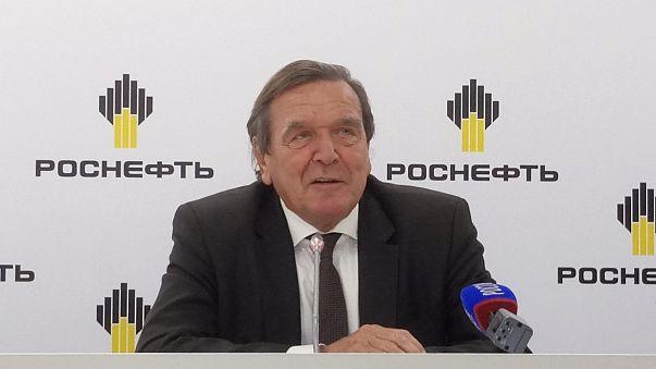 L'ex cancelliere tedesco Schröder presidente di Rosneft