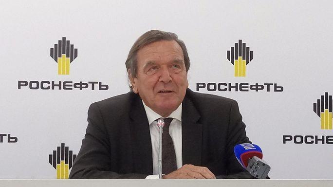Gerhard Schröder dans le pétrole russe...