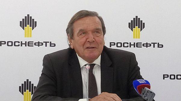 صدراعظم سابق آلمان رئیس روس نِفت شد