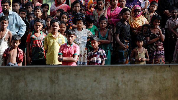 بنغلادش تشرع في نقل لاجئي الروهينغا إلى مخيم جديد