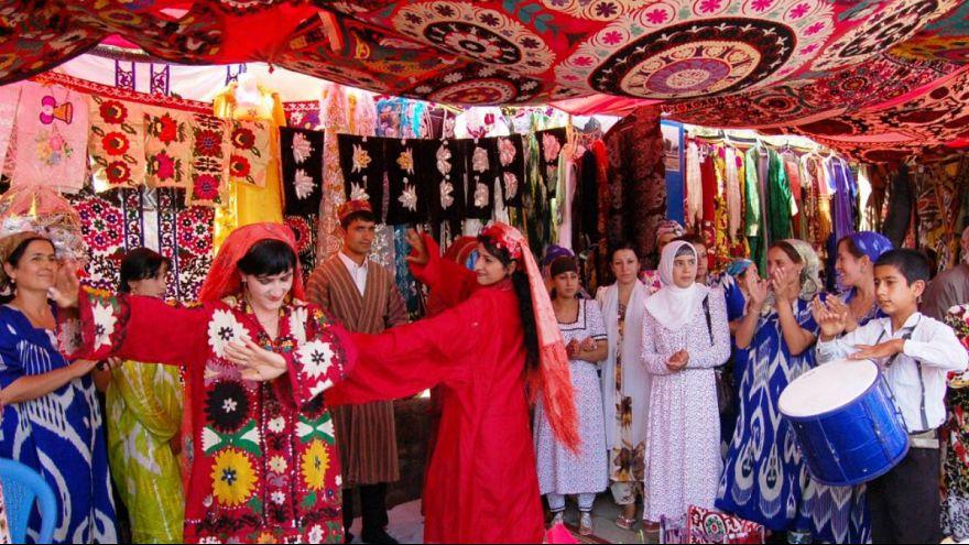 تاجیکستان؛ اتهام اسراف اولین مقام دولتی را به دادگاه کشاند