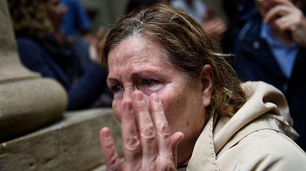 Tristeza, la reacción unánime a las duras imágenes de Cataluña