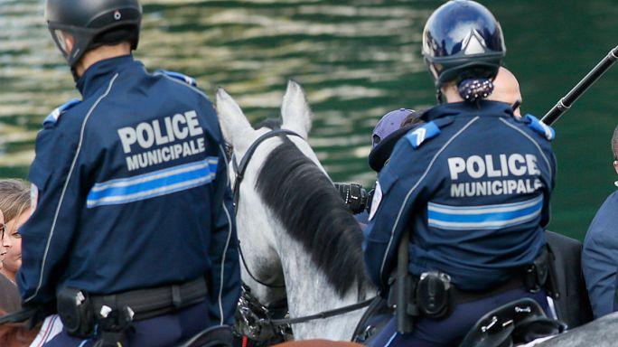 Fransa: Bıçaklı saldırıda 2 kişi öldü