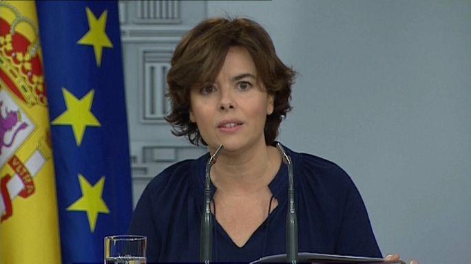 """Sáenz de Santamaría pide a la Generalitat """"que cese esta farsa"""""""
