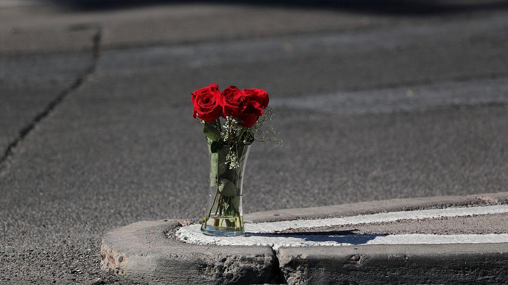 Legkevesebb ötvennyolc ember meghalt és több mint ötszázan megsérültek Las Vegasban