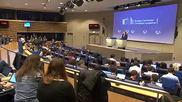 European Commission calls on Spanish and Catalan governments to move from confrontation to dialogue
