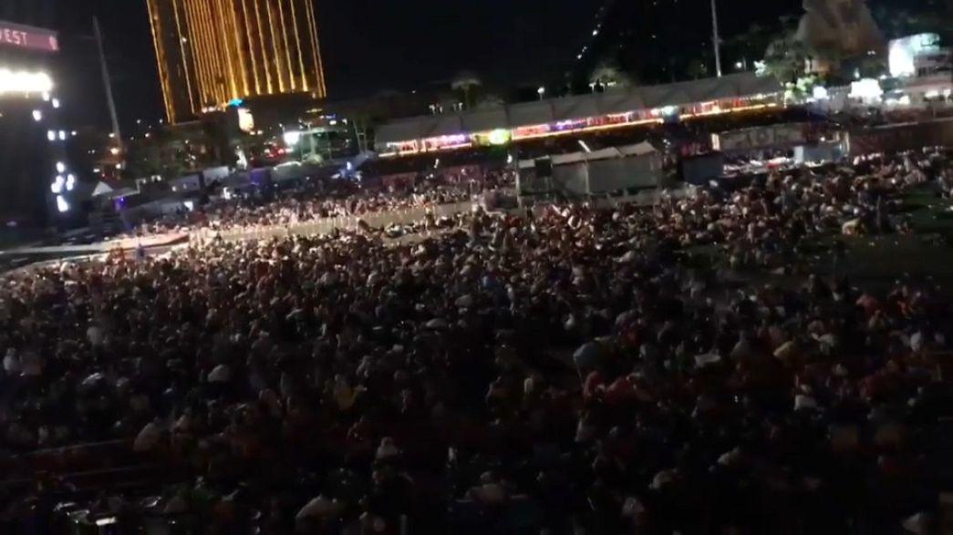 A Las Vegas-i mészárlásról készült amatőr felvételek