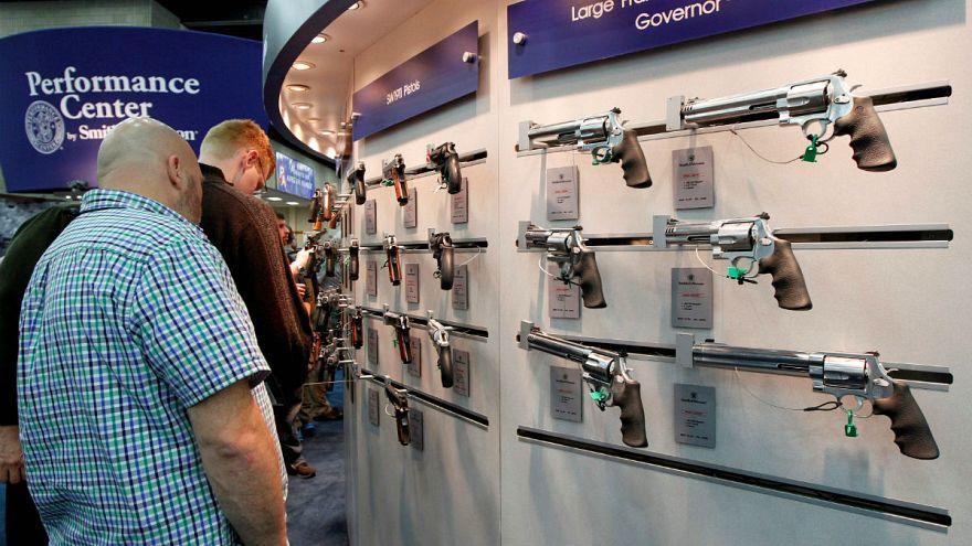 El control de armas, un viejo debate de actualidad en EEUU