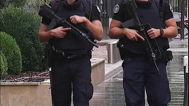 Paris'te terör operasyonu: 5 gözaltı