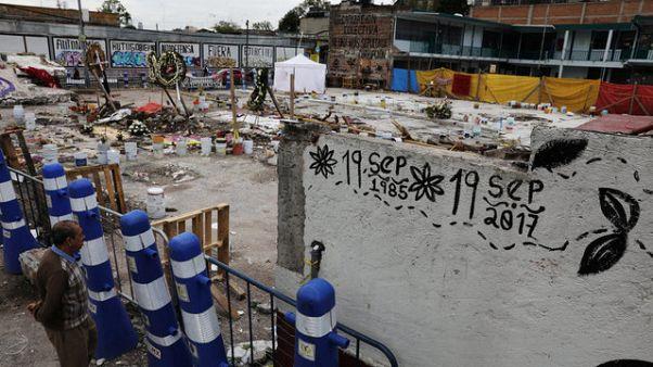 Messico: si scava per recuperare gli ultimi corpi