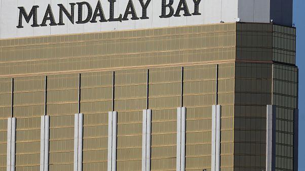 كيف تمكن قاتل لاس فيغاس المليونير من الدخول إلى الفندق وبحوزته ترسانة سلاح؟