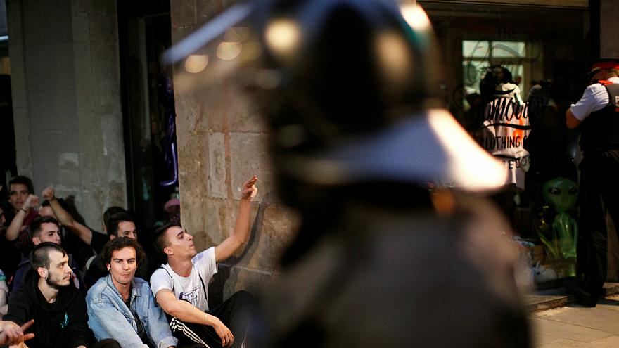 Guardias civiles y policías expulsados de hoteles en Cataluña