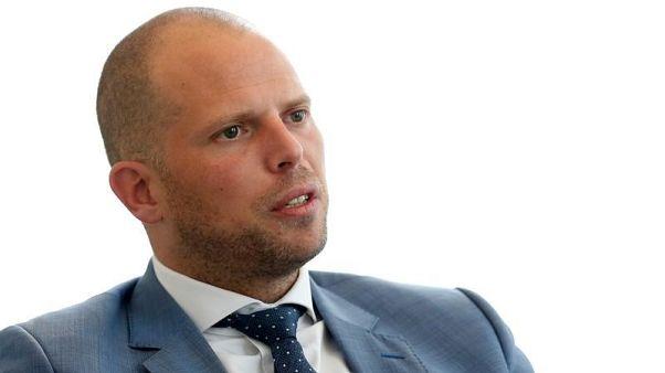 بلجيكا تسحب تصريح إقامة إمام سعودي لاتهامه بالترويج للتطرف