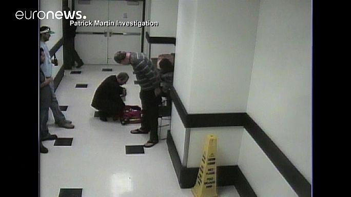 """كاميرات المراقبة ترصد """"انزلاق"""" منفذ اعتداء لاس فيغاس على أرضية فندق كوزموبوليتان"""