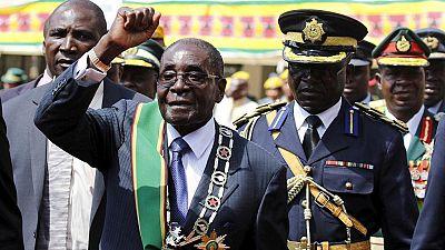 Mugabe de retour en Afrique du Sud après un scandale impliquant son épouse