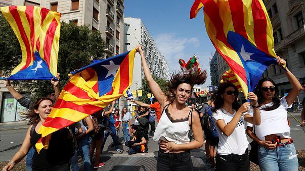 Catalunha prossegue na rua a luta pela independência