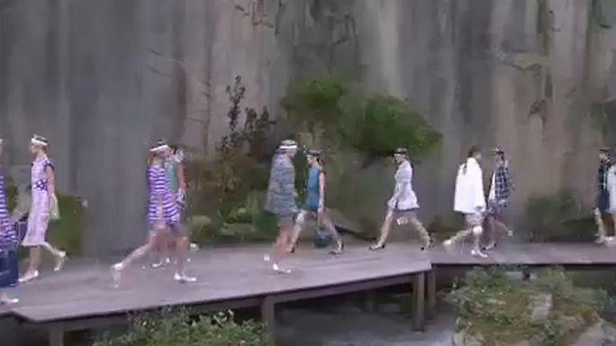 Pariser Fashionweek: Regenmode kann auch schick