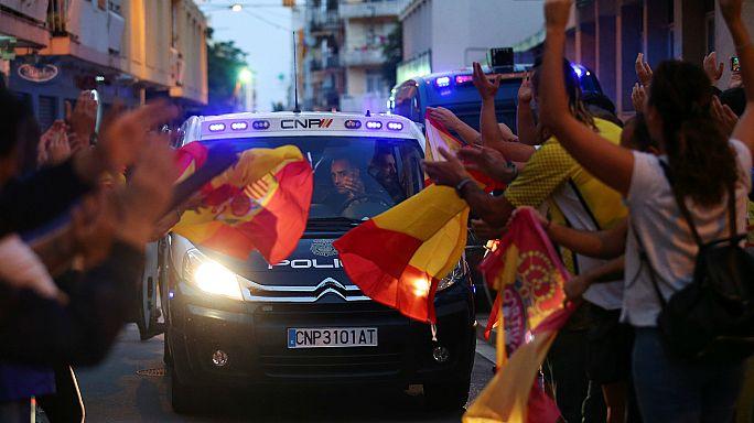 """Policías en Cataluña: """"Hemos estado abandonados a nuestra suerte"""""""