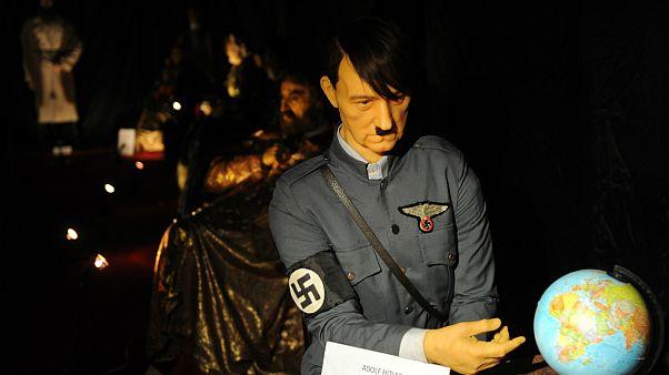 Hitler'e ait olan küre açık artırmada satıldı