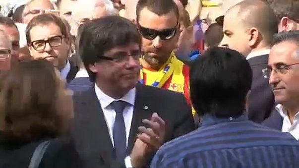 Кому посредничать между Испанией и Каталонией?