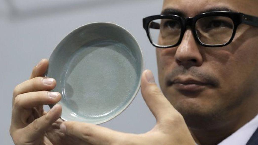 Китайский фарфор установил новый рекорд на торгах Sotheby's