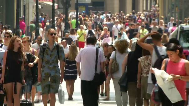 Gender equality progress 'far too slow', says OECD
