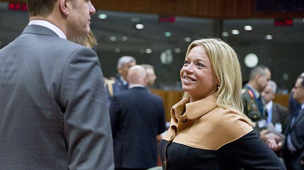 Paesi Bassi, si dimette Ministra della Difesa